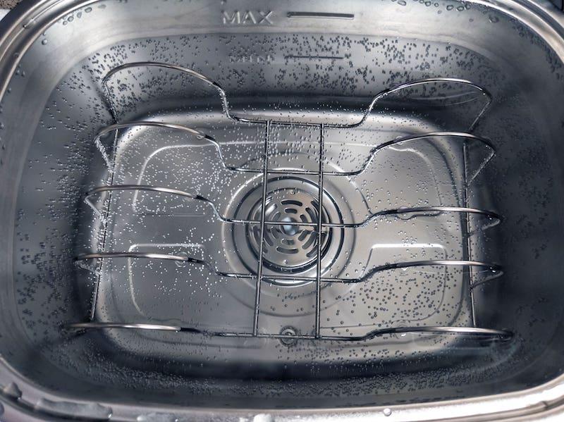 sous vide rack in water oven