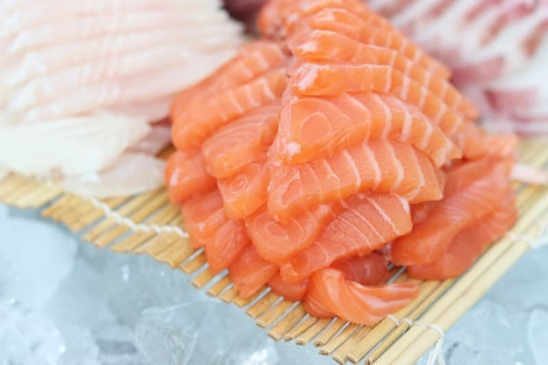 how to store sushi grade fish